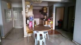Small room for rent @Shang Villa Condo Kelana Jaya